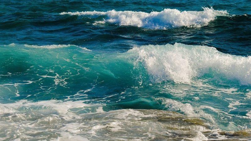 Ritual de Año Nuevo en el Mar