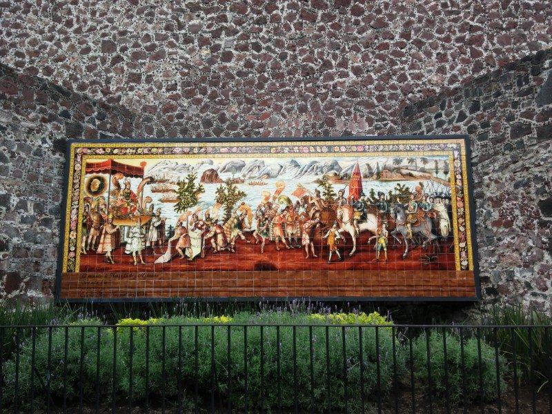 Monumento que señala el sitio en el que Moctezuma Xocoyotzin recibió a los españoles, en 1519.