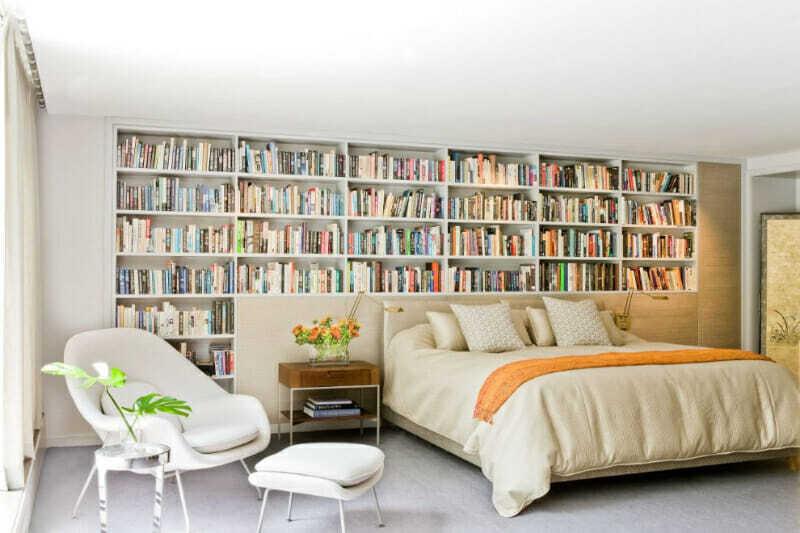 Librero como cabecera de cama