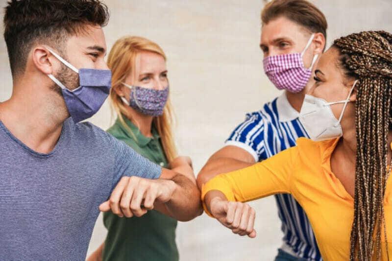 Reunión de amigos durante Coronavirus